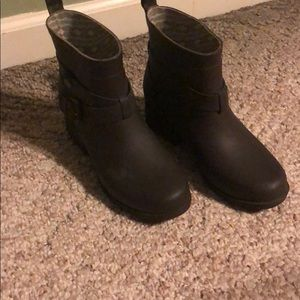 Lucky Brand Woman Rain Boots Size 6